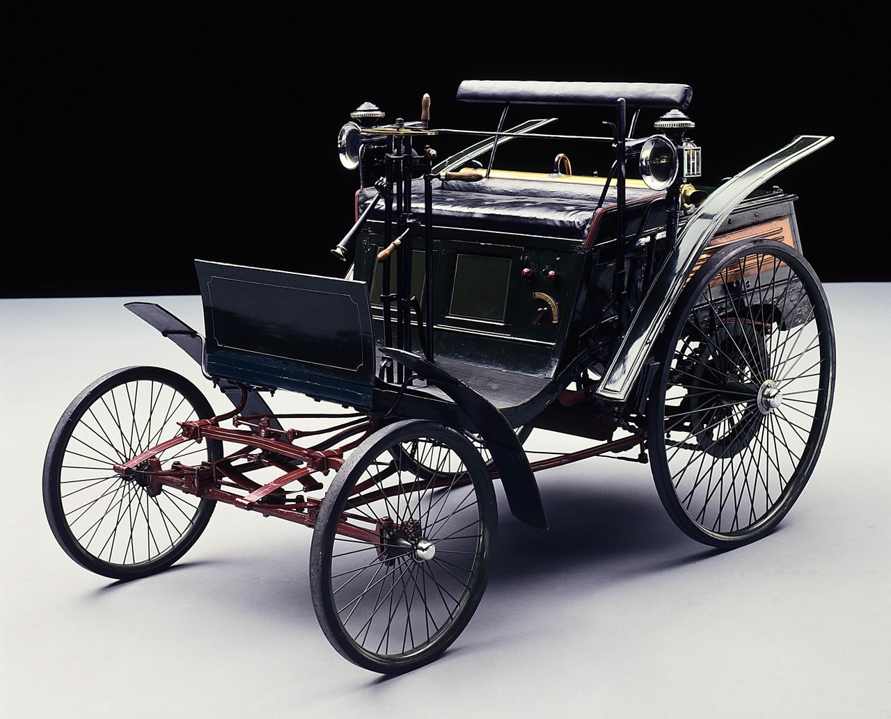 Great First Motor Car Ever Made Contemporary - Classic Cars Ideas ...